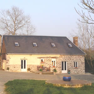 Holiday rental gites available in Normandy, France. 4 beds. Sleeps 8.